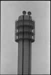 20023-54-44 PTT-toren in aanbouw van de tweede districtcentrale van de Telefoondienst Waalhaven.