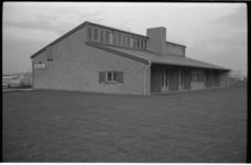 20023-76-13 Nieuw clubgebouw en buitencentrum Alexandrijn van de Prinses Irenegroep, bij het Lagelandsepad en de ...