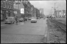 2043 Schiekade, tussen Proveniersstraat en Molenwaterweg- stenen wegdek is gedeeltelijk vervangen door asfalt.