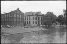 20463-3-35 Gerechtsgebouw Noordsingel. Links het archiefgebouw van het notariaat.