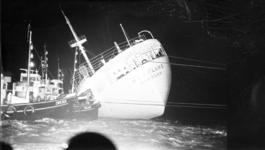 20685-3-6 Aanvaring Nieuwe Waterweg van Duitse Hornland met de Franse vrachtboot Pierre Angot.