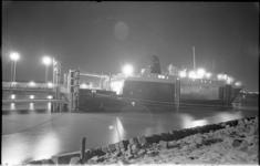 20853-7-17 De Sealord Challenger in de Beneluxhaven, een van de speciaal gebouwde schepen voor roll-on roll-off service ...