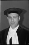 21372-1-11 Portret van prof. dr. P.R. Odell, die is benoemd tot hoogleraar economische geografie aan de Economische ...