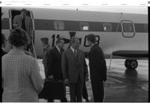 21379-7-5 De Duitse bondskanselier Willy Brandt geland op vliegveld Zestienhoven.