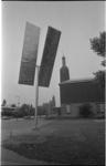 21466-6-35 Sculptuur 'Two Turning Vertical Rectangles' van G.W. Rickey naast Museum Boijmans-van Beuningen aan de ...