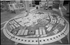 21540-7-41 Op een expositie in De Doelen geven de negen Oostenrijkse provincies (inclusief Wenen) uitgebreide ...
