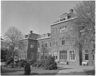 221-7 Exterieur van koloniehuis, de Heuvels, in Nunspeet, voor Kinderen naar Buiten.