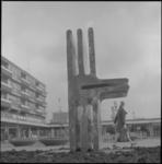22288-4-9 Herdenkingsmonument 1940-1945 op het Samuel Esmeijerplein.