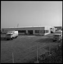 22841-4-4 Nieuwbouw Sonneveld, fabriek van broodverbeteraars.