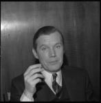23009-3-11 Portret van drs. H.J. Viersen, wethouder voor de CHU.