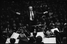 23390-5-27 In het kader van de herdenking 100 jaar Nieuwe Waterweg geeft het Rotterdams Philharmonisch Orkest een ...