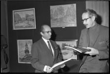 23781-1-22 Israël-tentoonstelling met werken van Zalman Baran in de hal van dagblad 'De Rotterdammer' aan de Witte de ...