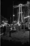 23781-5-36 Feestverlichting in de Zwart Janstraat en de Noordmolenstraat.