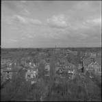 24106-1-2 Blijvenburgstraat, richting Burgemeester Baumannlaan; de villa's staan aan de Van Noortwijckstraat.