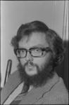 24569-3-5a Portret van organist Addie de Jong. In 1975 werd de cantor-organist van de Goede Herderkerk in Schiebroek ...