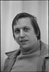 24586-5-35a Portret van de secretaris wijkorgaan Crooswijk en gemeenteraadslid (gemeenteraadslid voor de PvdA ...