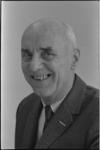 24599-2-8a Portret van A. Apon van het bureau Wijkaangelegenheden.