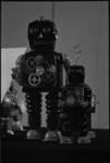 24626-1-4 Robots op het Science Fiction Festival in de Lantaren (Gouvernestraat).