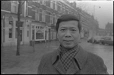 24685-7-35 Portret van ds. John Chen, oprichter van de Stichting Chinese Christelijke Gemeente in Nederland (CCGN).