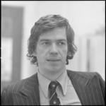 24972-1-2 Portret van het gemeenteraadslid F. van Heezik (PvdA)