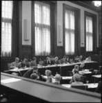 24973-4-3 Het college van burgemeester en wethouders: v.l.n.r.: J. de Jong, Wim van der Have, Hans Mentink, J.G. van ...