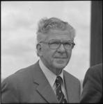 24979-1-3 Portret van Wim Thomassen, burgemeester van Rotterdam.
