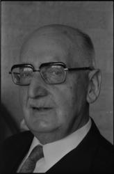 24999-4-3 Portret van dr. C. Rijnsdorp. Hij schreef onder andere recensies voor dagblad 'De Rotterdammer'.
