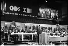 305107-36 Prins Bernhard opent het door Conseil International d'Organisation Scientifique (CIOS) georganiseerde congres ...
