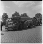 3280-2 Zwaar beschadigde vrachtautocombinatie bij Alblasserdam.