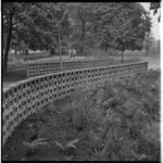 3319-1 Inrichting van de Koningshof op de wereldtuinbouwtentoonstelling Floriade in Het Park.