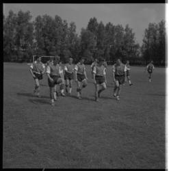 3420 Arsenal-spelers trainen op bijveld van Sparta i.v.m. komende Europese wedstrijd tegen Sparta.