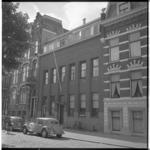 3474-3 Exterieur jongenstehuis aan de Mathenesserlaan 202.