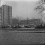 351-5 Lijnbaangebied met Lijnbaanflats in aanbouw en Karel Doormanstraat vanaf Schouwburgplein.