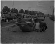 3510-1 De politie doet onderzoek naar een verkeersongeval met Belgische personenauto op de Statenweg.