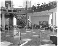 3569-1 Interieur café/restaurant annex familiedancing-cabaret Bristol.
