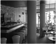 3569-4 Interieur bar café/restaurant annex familiedancing-cabaret Bristol.