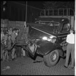 3594 Vrachtwagen botst met tram op de Stadhoudersweg ter hoogte van de Van Aerssenlaan.