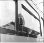 37 Een richtingwijzer bevestigd aan een tram.