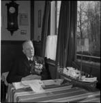 408 Portret van Coen Bot, schipper van de reddingsboot Dorus Rijkers (NZHRM), ter gelegenheid van diens 75ste verjaardag.