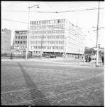 4100 Het gebouw van Van Vliet en Van Dulst aan de Schiekade, gezien vanaf Hofplein.