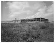 4292 Exterieur van de Dura Coignetfabriek aan de Bunschotenweg 140.