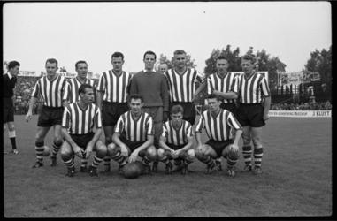 4451-1 Elftalfoto van Sparta voor de voetbalwedstrijd Sparta-DWSA.