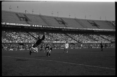 4453 Voetbalwedstrijd Feijenoord - Willem II