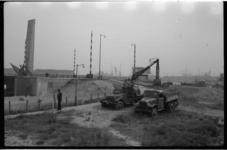 4478 Grondwerkzaamheden ten behoeve van metro-aanleg nabij de Nieuwe Leuvebrug en De Boeg aan de Boompjes.