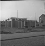 4592 Exterieur van nieuwe clubhuis van stichting De Jeugdhaven-Charlois, 't Anker aan de Dorpsweg.