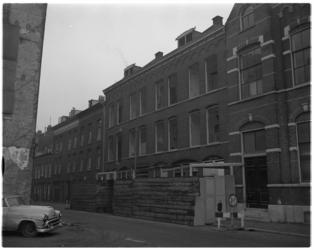 4796 In het woongebied van de Zwarte Paardenstraat en omgeving zullen veel voor-oorlogse woningen worden gesloopt.