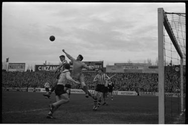 4912 Voetbalwedstrijd Sparta-DOS.