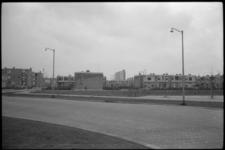 5091-2 Nieuwbouwwijk Pendrecht met links de Sliedrechtstraat, de lage huisjes liggen aan de Ooltgensplaatweg en in de ...