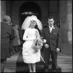 5180 Sparta-linksbuiten Tinus Bosselaar getrouwd met Loes Lolling.