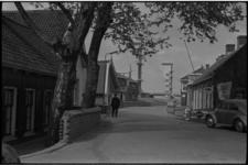 5229-2 Doorkijkje Krimpen aan den IJssel op IJsseldijk richting Algerabrug.
